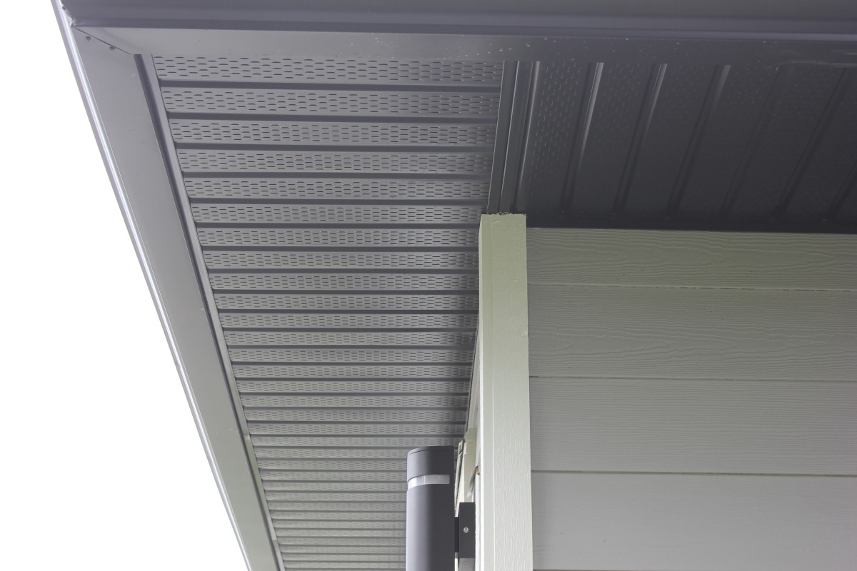 Soffit And Soffit Trim In Aluminum And Vinyl